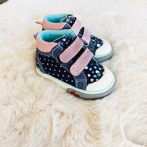 NEW See Kai Run Baby sneakers